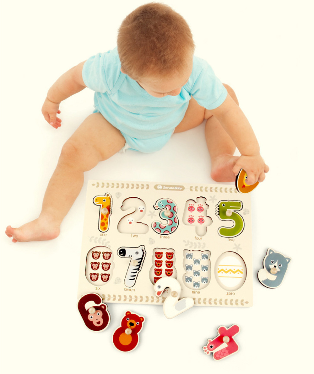 GoryeoBaby Wooden Animals Numbers Cognitive Puzzle Board Educational Toys for Baby Kids